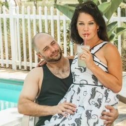 Gina Hart in 'Transsensual' TS Beauties (Thumbnail 1)