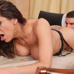 Vadim Black in 'Transsensual' Can't leave this TS Latina (Thumbnail 18)