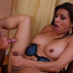 Vadim Black in 'Transsensual' Can't leave this TS Latina (Thumbnail 45)