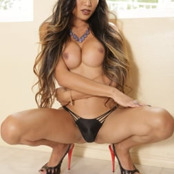Venus Lux in 'Transsensual' Student Bodies (Thumbnail 90)